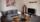 Ferienwohnung 2 in der Rückertstraße 3 in 99734 Nordhausen mit großem Flachbildfernseher, Schrankmöbel, Desinertisch mit 2 Delphinen, große neue Couch die auch zur Aufbettung geeignet ist.